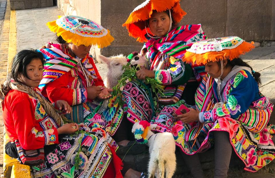 CuscoWomenLo-Res