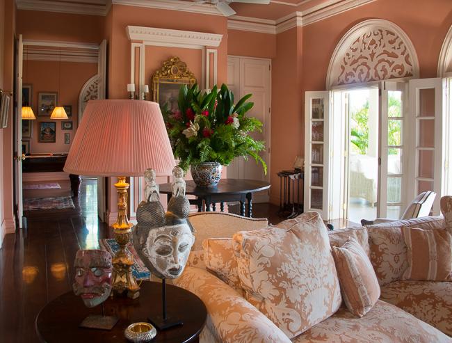 Living Room Peninsula House