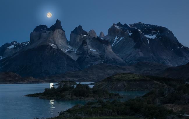 Landscape_moonlit